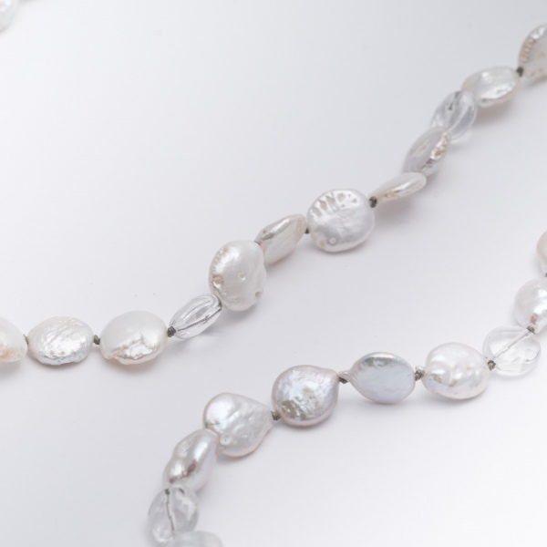 Silver Rose Coin Pearl Strand closeup picture